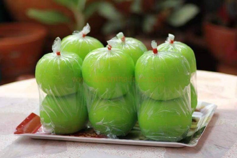 Guava dip plum